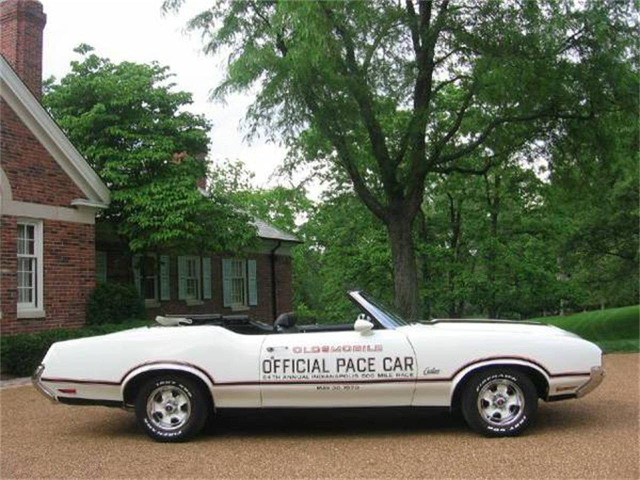 Large Picture of Classic 1970 Oldsmobile Cutlass Supreme located in St. Louis Missouri - $46,500.00 - E0YT