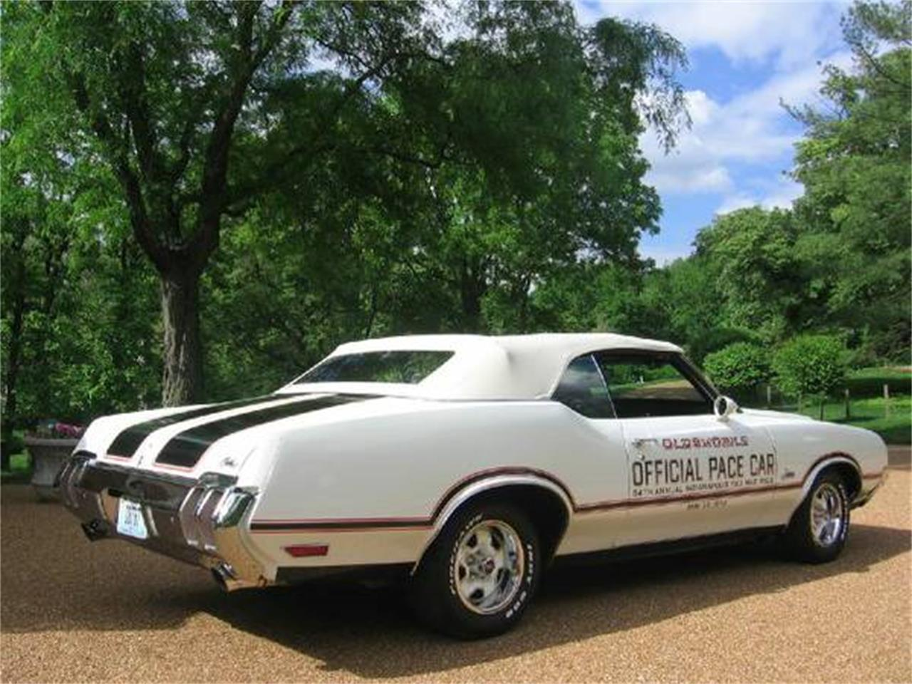 Large Picture of '70 Cutlass Supreme located in Missouri - $46,500.00 Offered by a Private Seller - E0YT