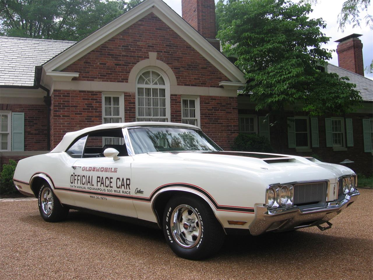 Large Picture of 1970 Cutlass Supreme located in St. Louis Missouri - E0YT