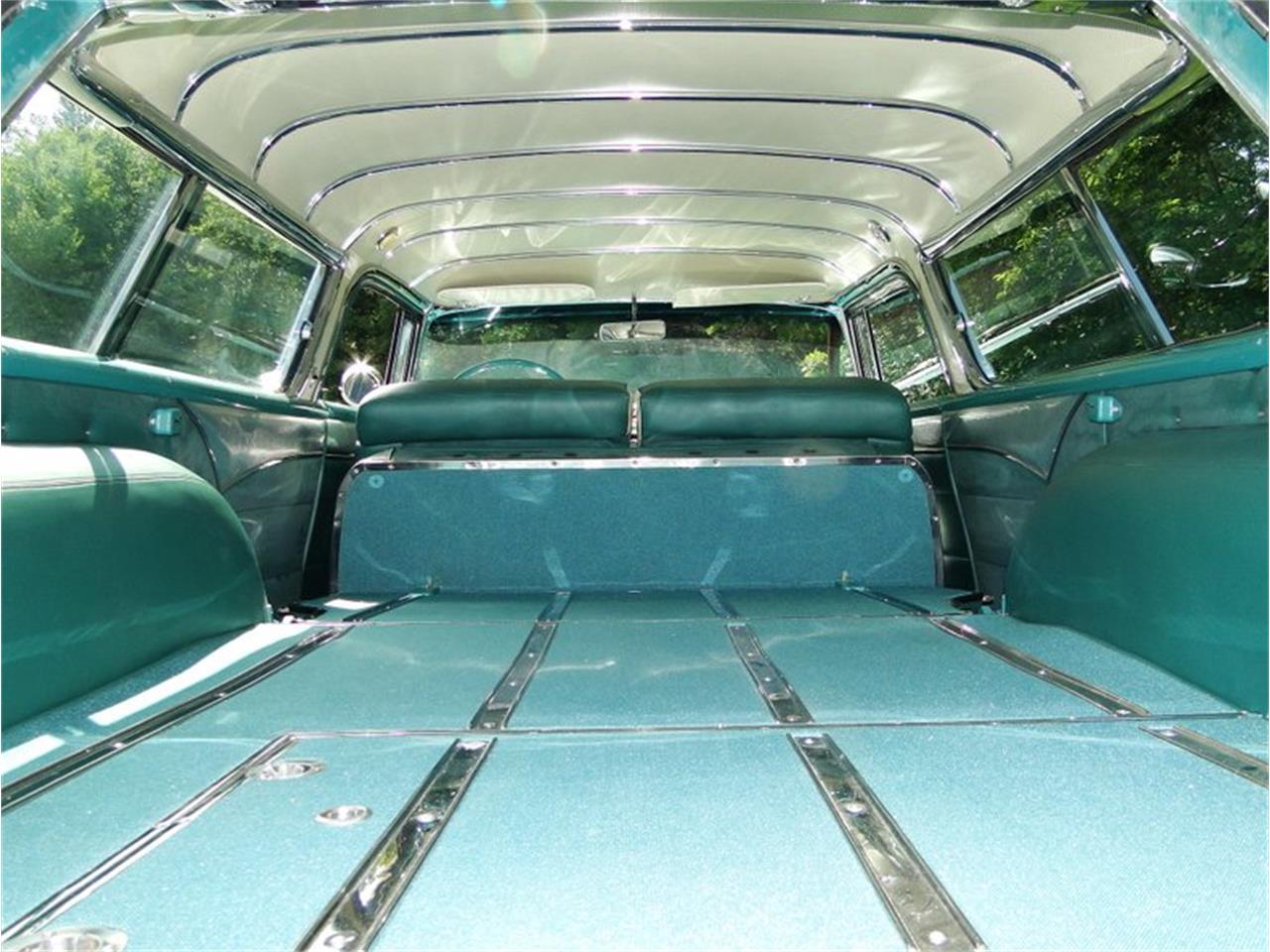 Large Picture of Classic '55 Pontiac Safari - $75,000.00 - E1AK