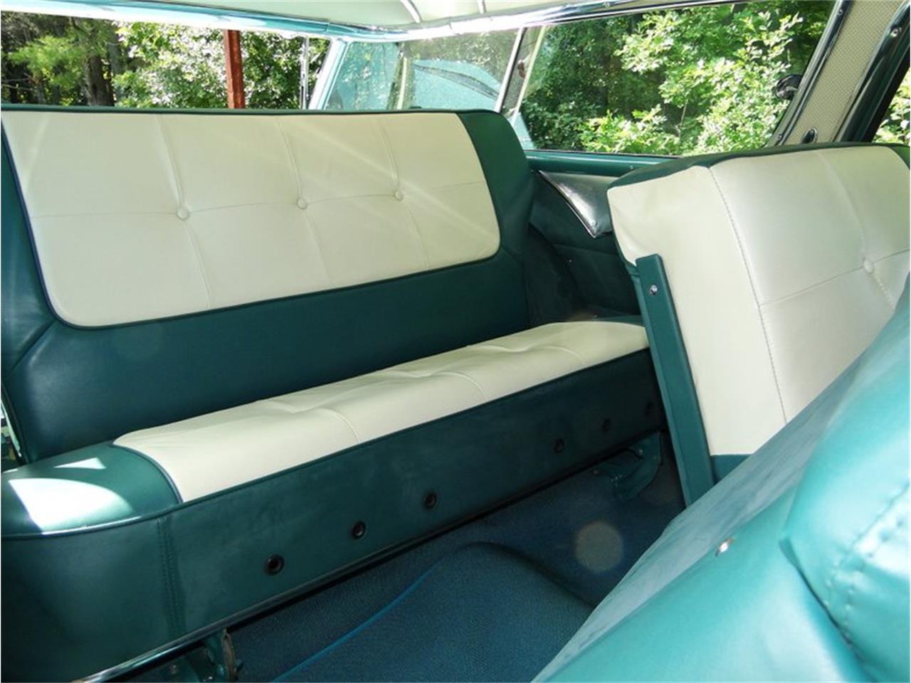 Large Picture of '55 Pontiac Safari located in Massachusetts - E1AK