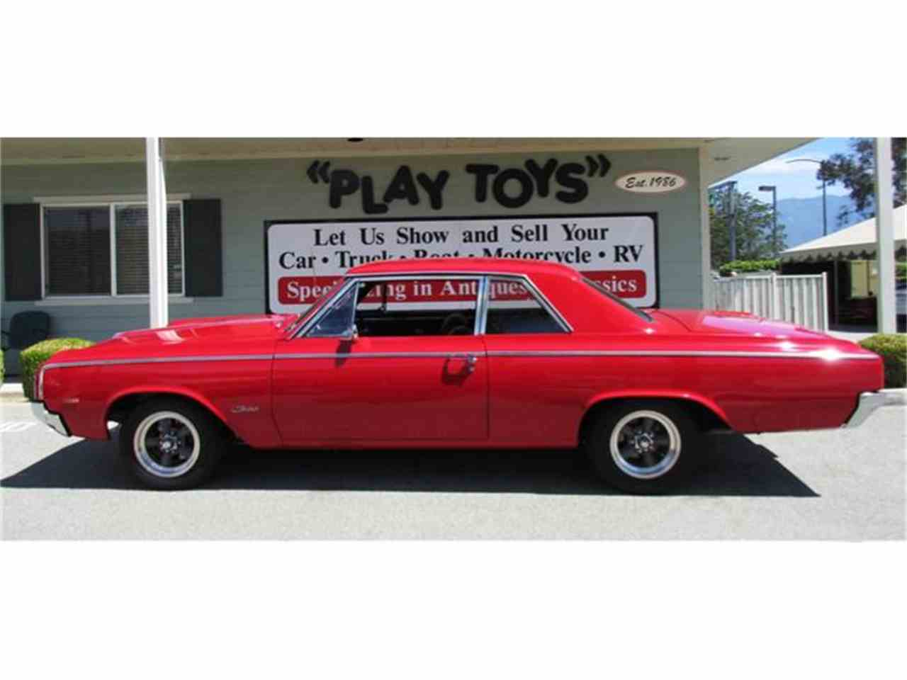 Large Picture of '64 Oldsmobile F85 located in Redlands California - E1RV
