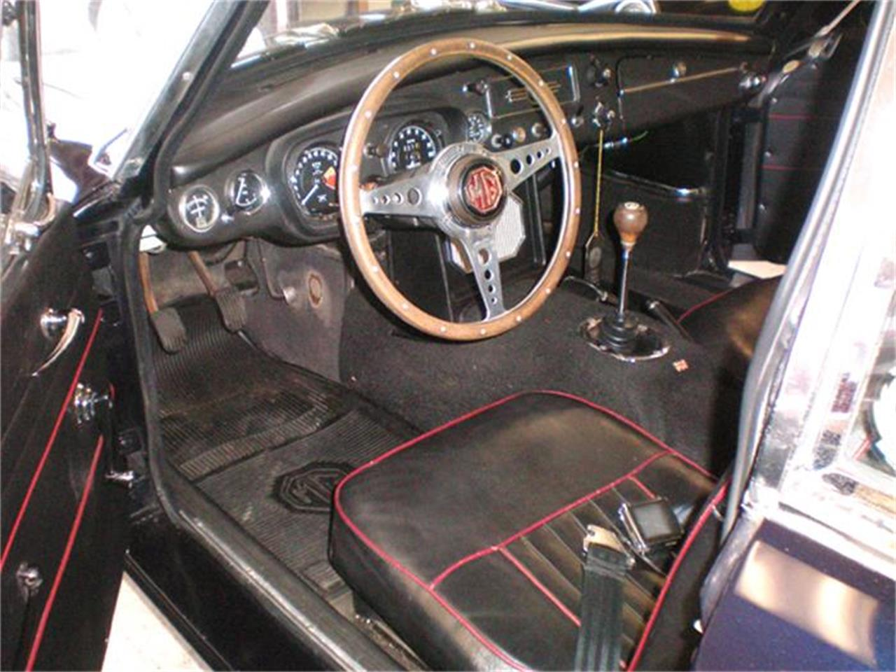 Large Picture of Classic '67 MG BGT - $19,500.00 - E31K