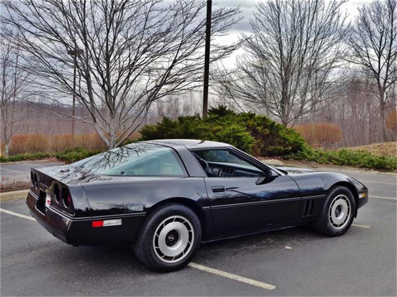 Large Picture of '84 Corvette located in Old Forge Pennsylvania - E50Y