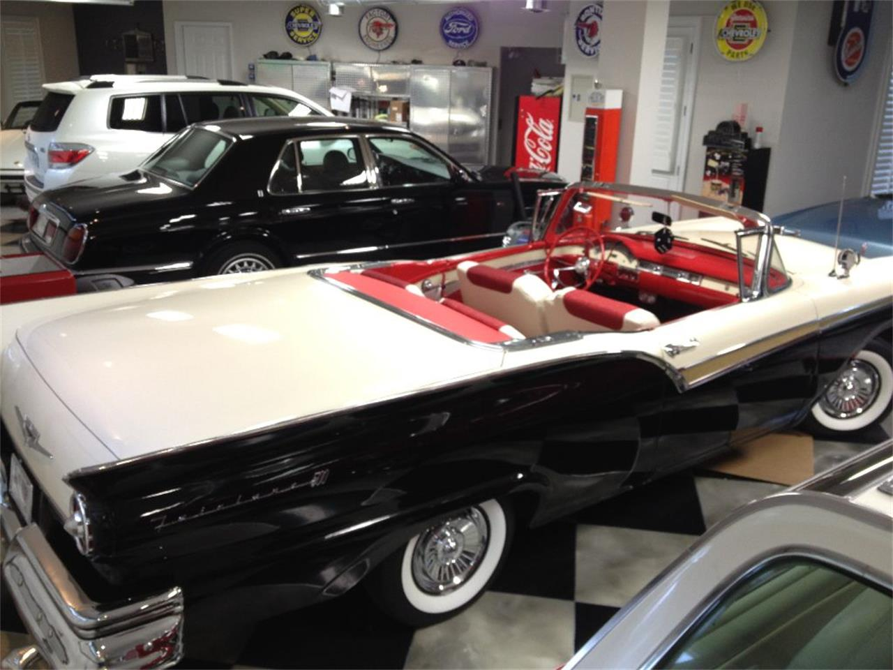 Large Picture of '57 Fairlane 500 - E5C4