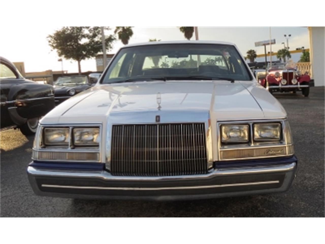 Large Picture of 1984 Lincoln Continental located in Miami Florida - E6H6