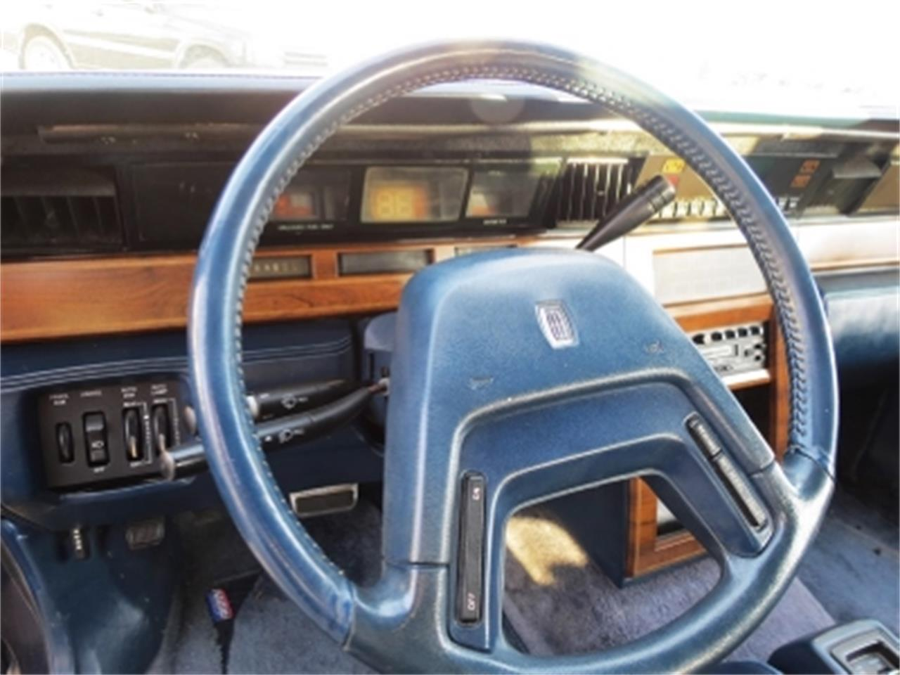 Large Picture of '84 Continental located in Miami Florida - E6H6