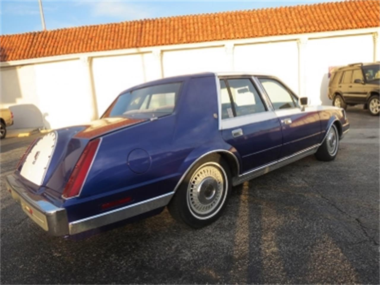 Large Picture of 1984 Lincoln Continental - $4,800.00 - E6H6