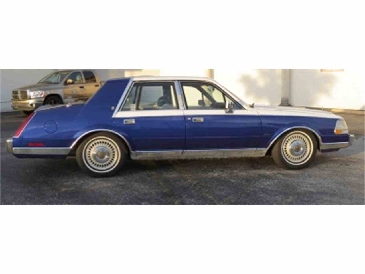 Large Picture of '84 Continental - E6H6