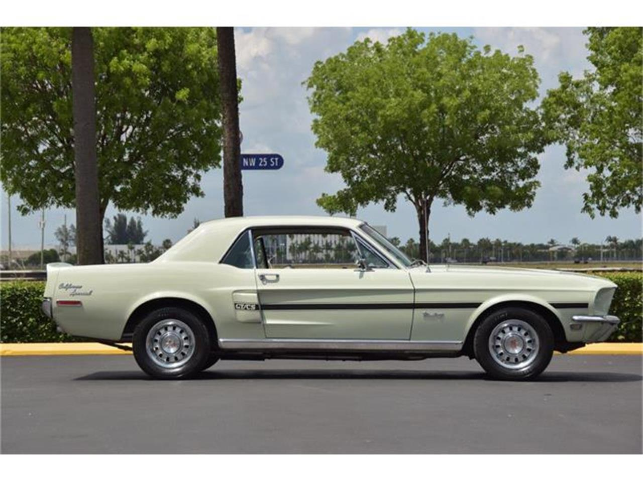 Large Picture of 1968 Ford Mustang GT/CS (California Special) located in Miami Florida - $28,900.00 Offered by The Garage - E6M9