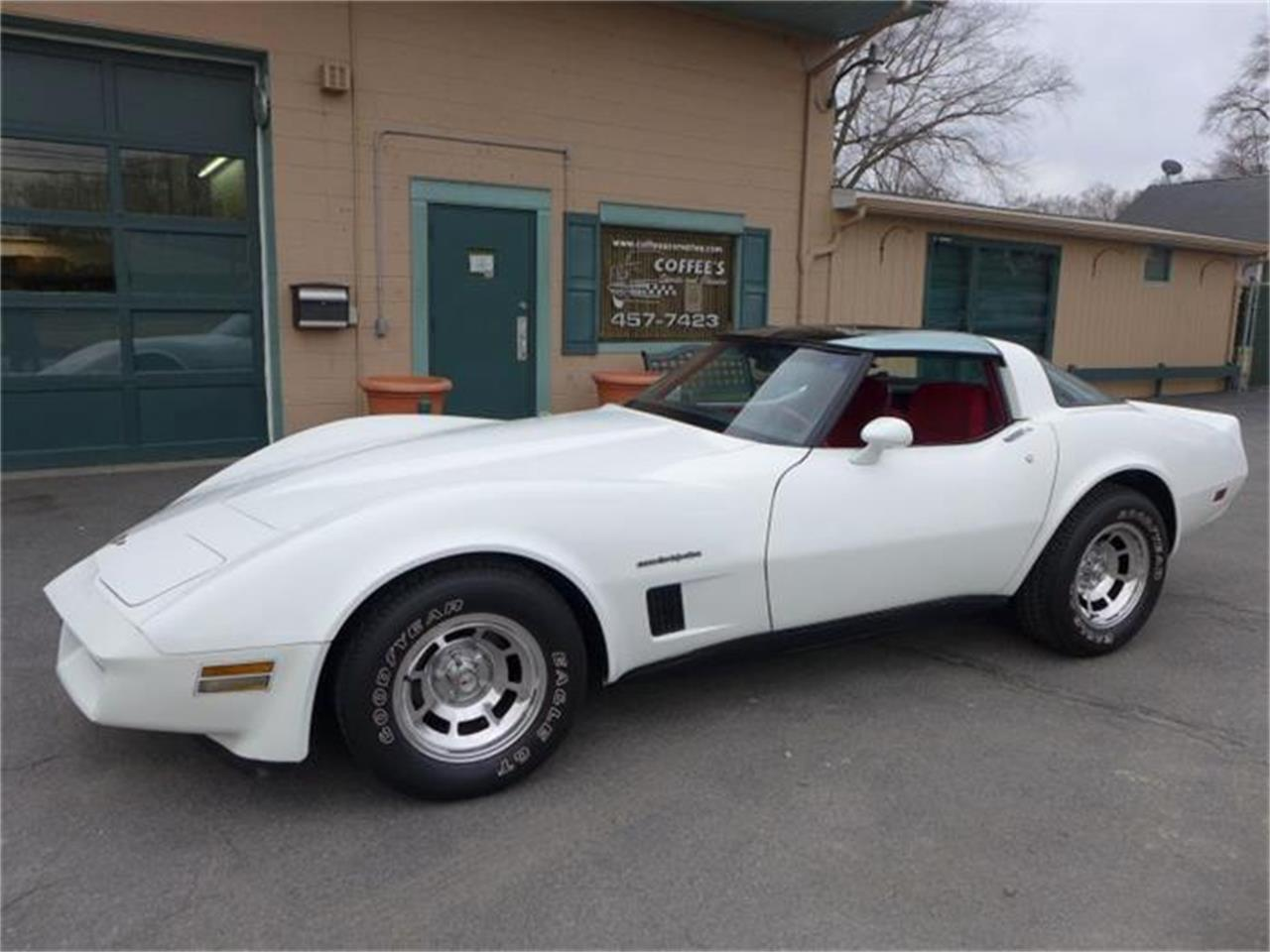 Large Picture of '82 Corvette - E83Q