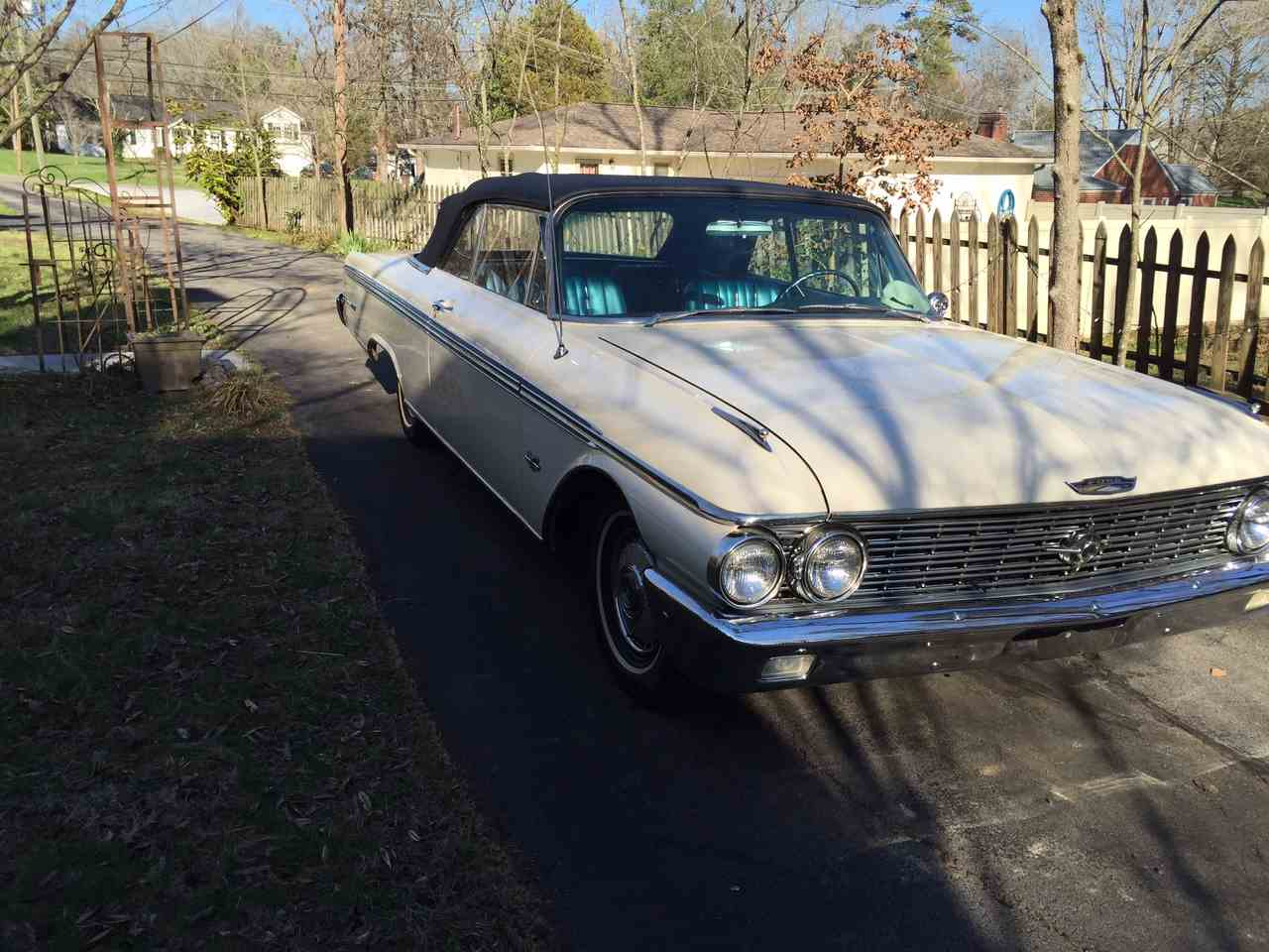 Large Picture of '62 Galaxie 500 XL - E8L3