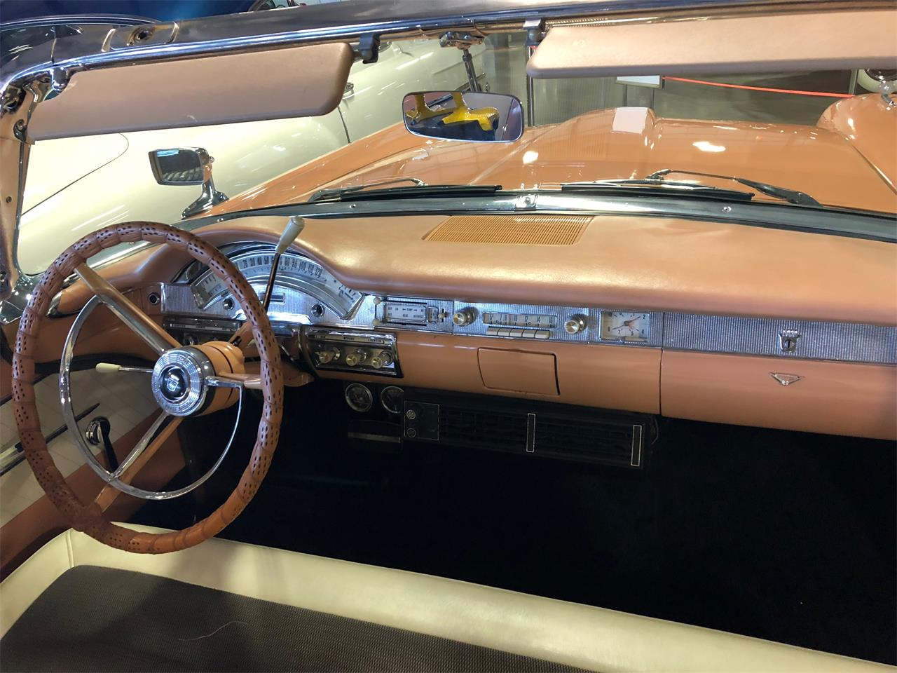 Large Picture of '58 Ford Skyliner - $55,000.00 - E8VD