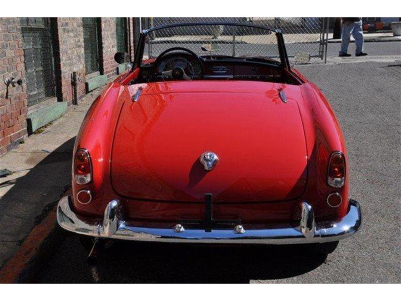 Large Picture of 1960 Alfa Romeo Giulietta Spider - $102,500.00 Offered by Chequered Flag International - E98E