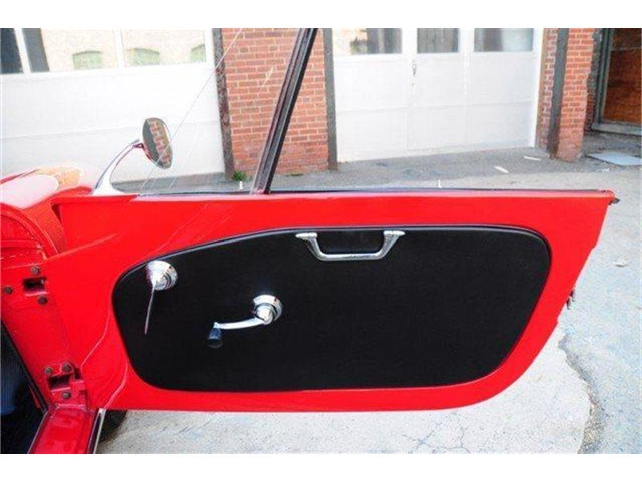 Large Picture of '60 Alfa Romeo Giulietta Spider - $102,500.00 - E98E