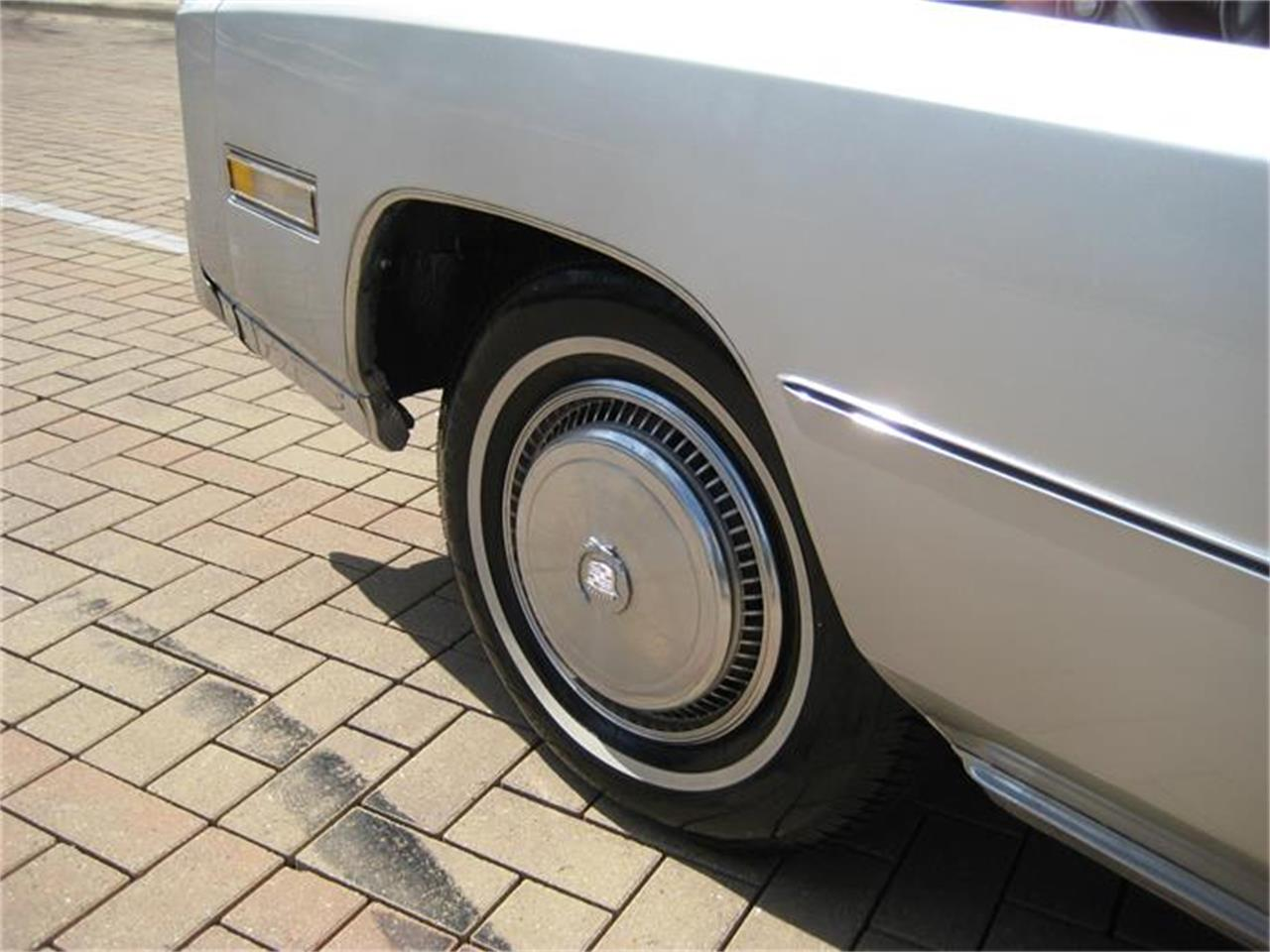 Large Picture of '75 Eldorado located in Geneva Illinois - $12,995.00 Offered by Classic Auto Haus - E9SK