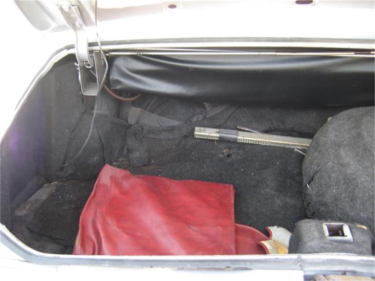 Large Picture of '75 Cadillac Eldorado located in Geneva Illinois - E9SK