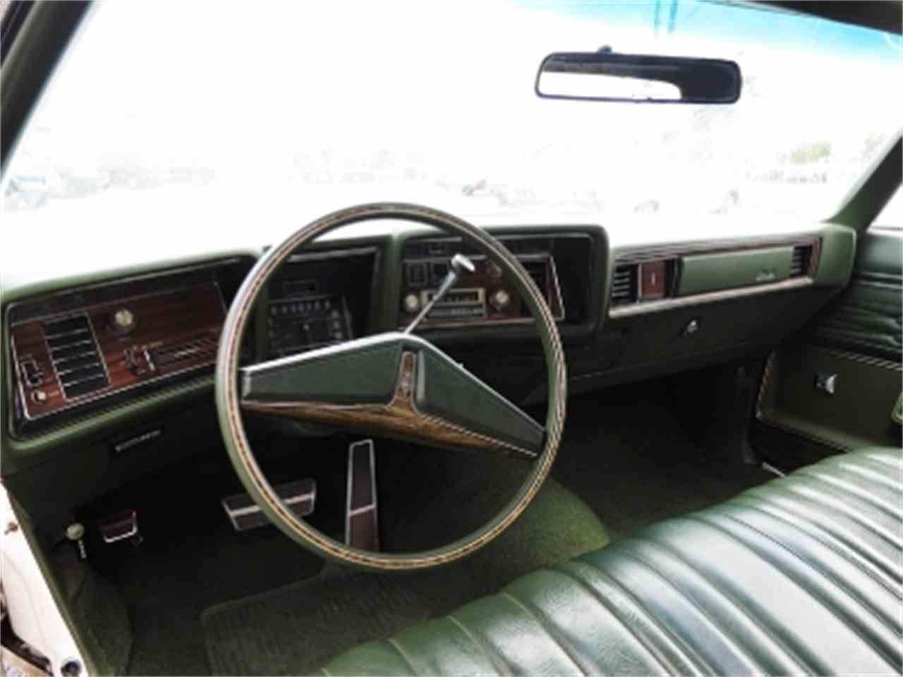 Large Picture of '72 Delta 88 Royale - E9W0