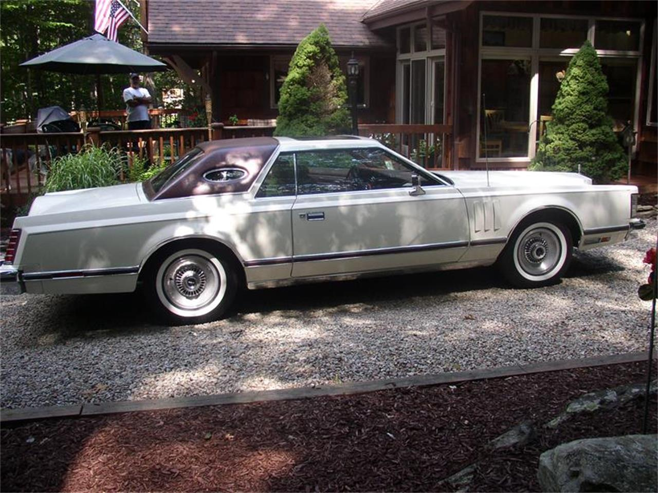 Large Picture of '79 Lincoln Mark V located in San Luis Obispo California - $18,000.00 - EAC3