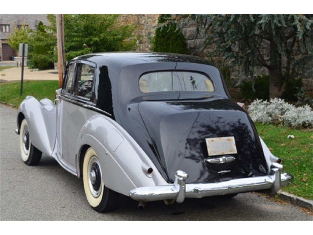 Large Picture of Classic '53 Silver Dawn - $56,500.00 Offered by Gullwing Motor Cars - EFLE