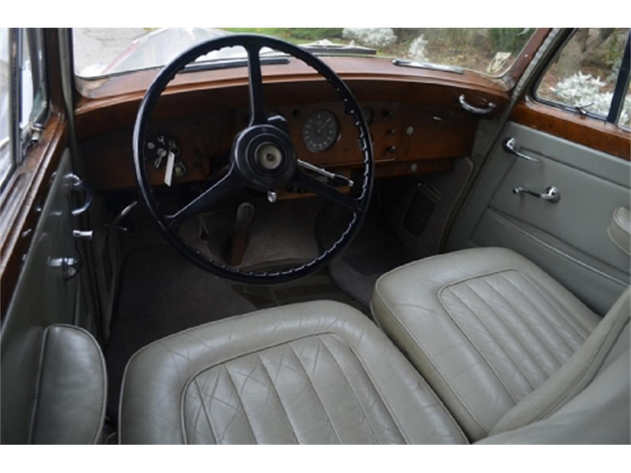Large Picture of Classic 1953 Rolls-Royce Silver Dawn - EFLE