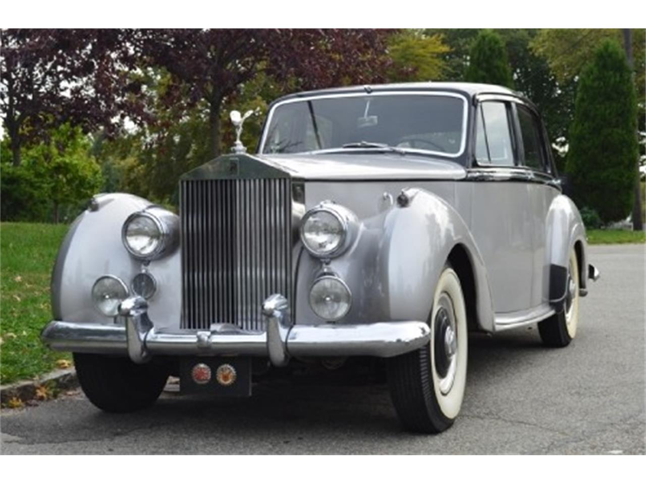 Large Picture of Classic 1953 Rolls-Royce Silver Dawn located in Astoria New York - $56,500.00 Offered by Gullwing Motor Cars - EFLE