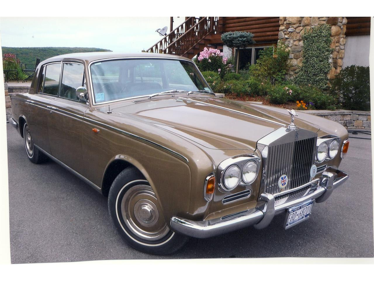 Large Picture of '67 Silver Shadow - EFP6