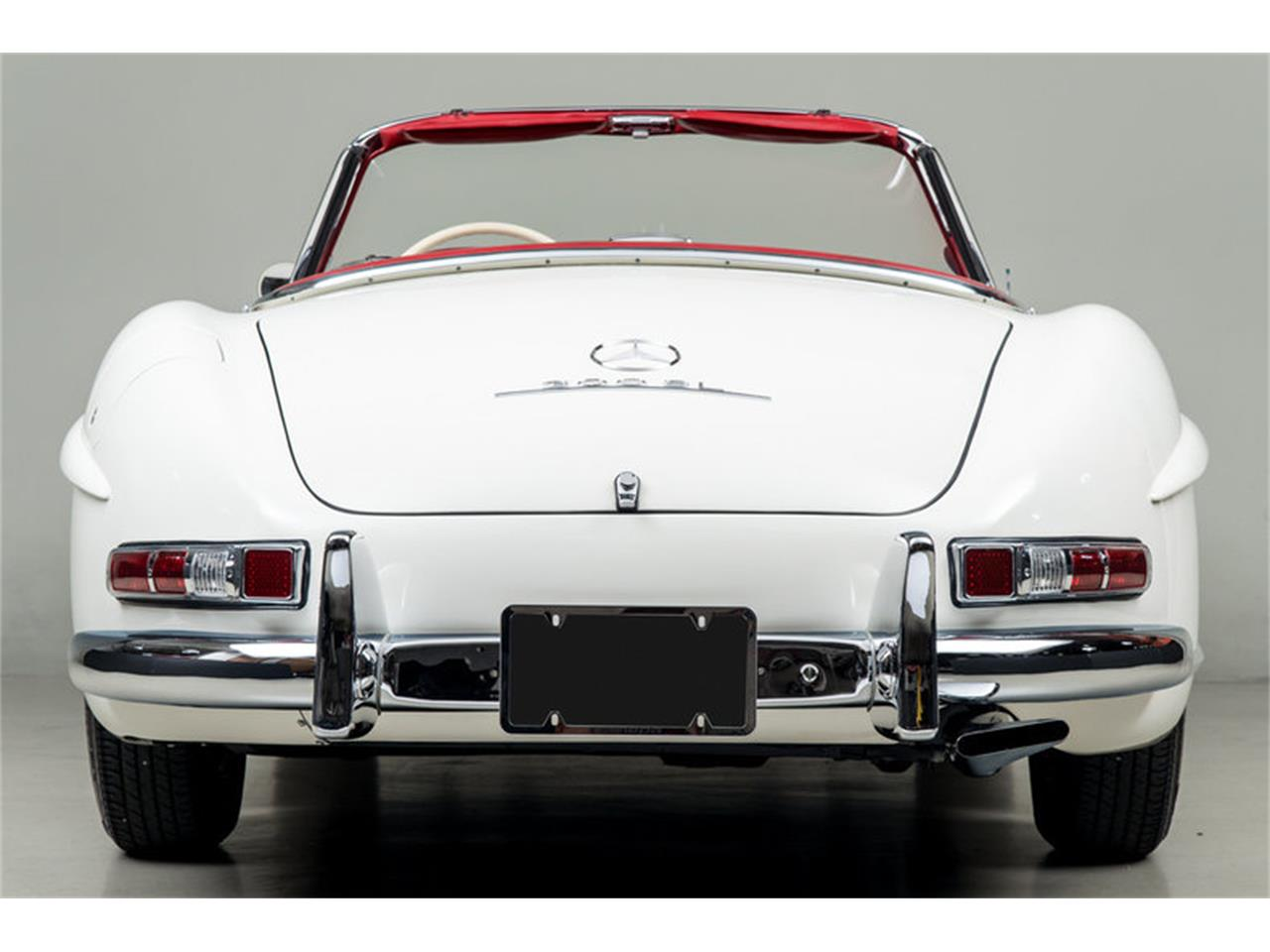Large Picture of Classic '63 300SL Roadster Auction Vehicle Offered by Canepa - EFPZ
