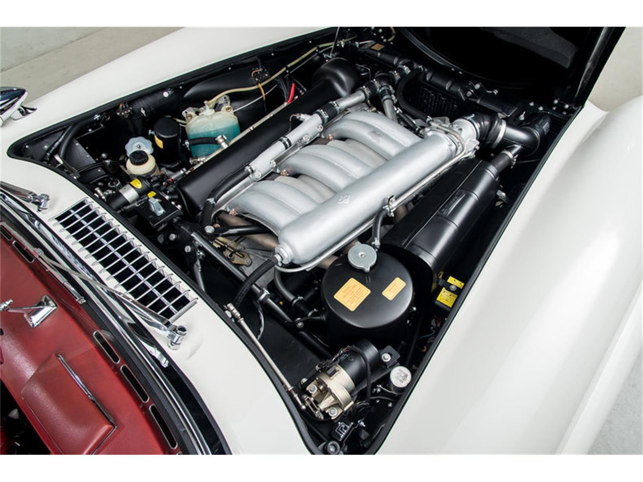 Large Picture of Classic '63 Mercedes-Benz 300SL Roadster located in California Auction Vehicle Offered by Canepa - EFPZ