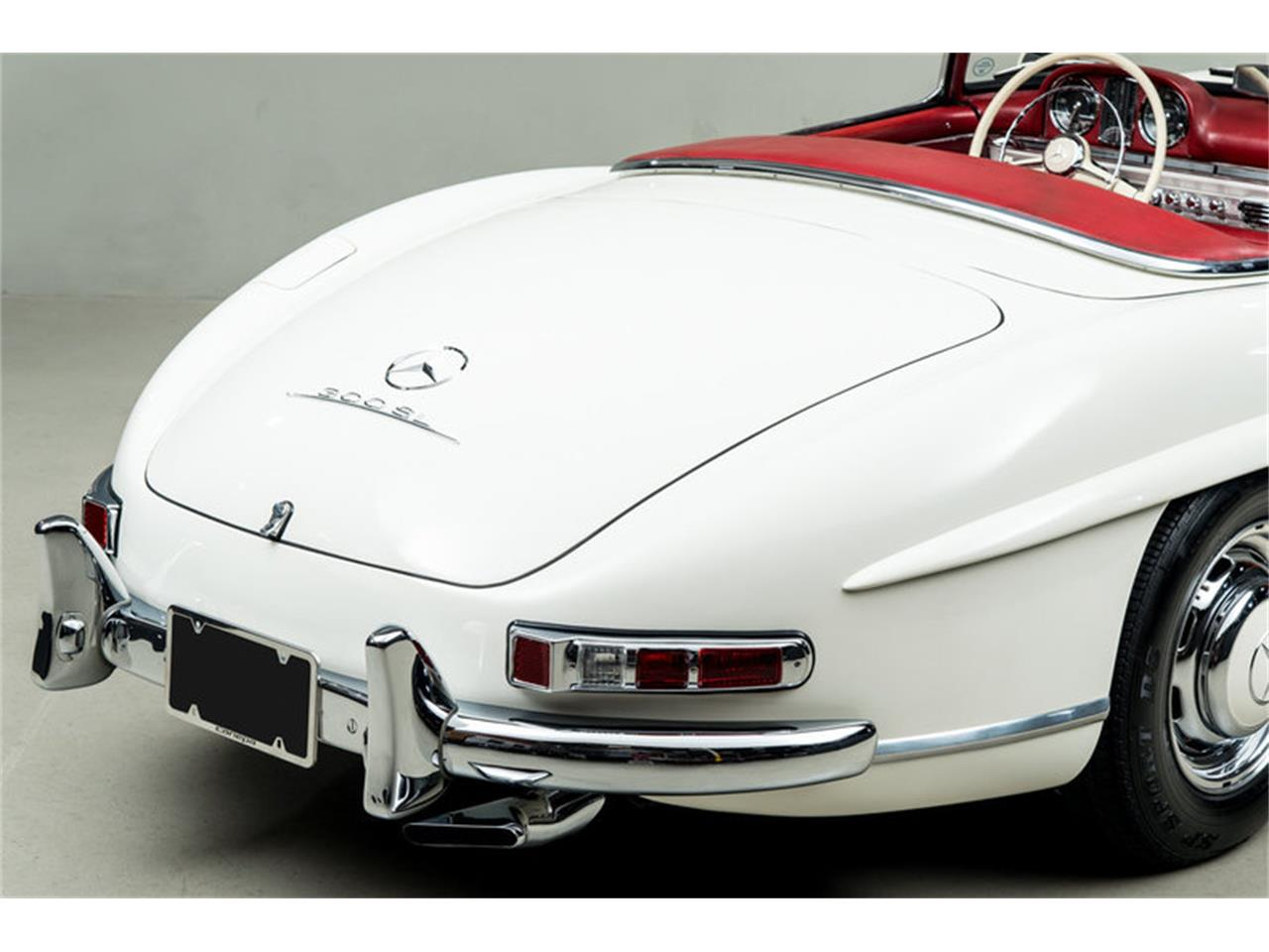 Large Picture of '63 Mercedes-Benz 300SL Roadster located in Scotts Valley California Auction Vehicle Offered by Canepa - EFPZ