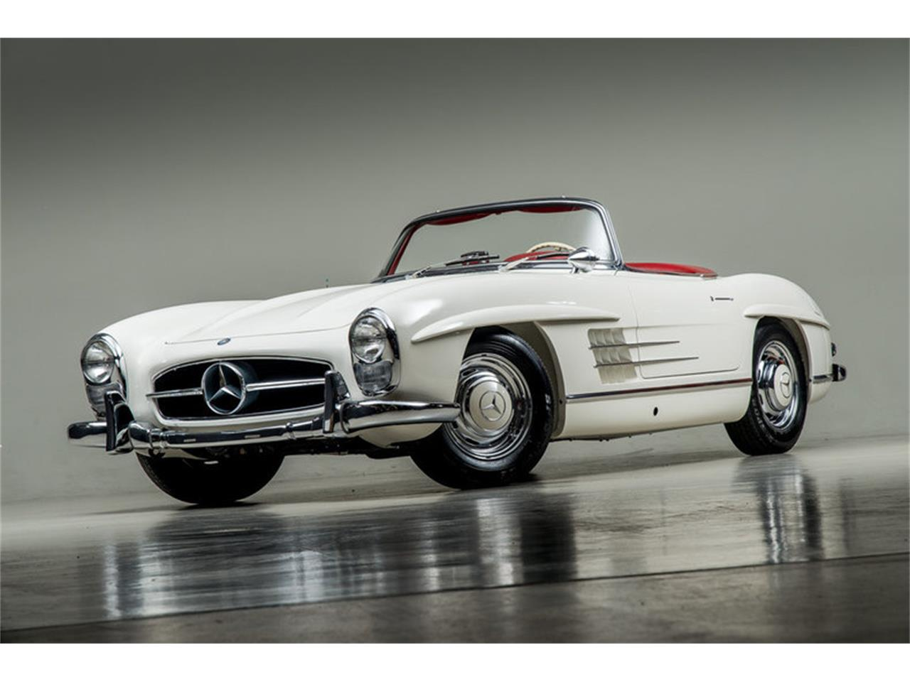 Large Picture of '63 Mercedes-Benz 300SL Roadster Auction Vehicle Offered by Canepa - EFPZ