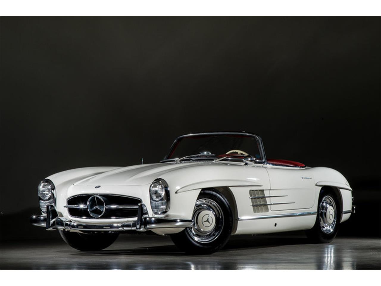 Large Picture of 1963 Mercedes-Benz 300SL Roadster Auction Vehicle Offered by Canepa - EFPZ
