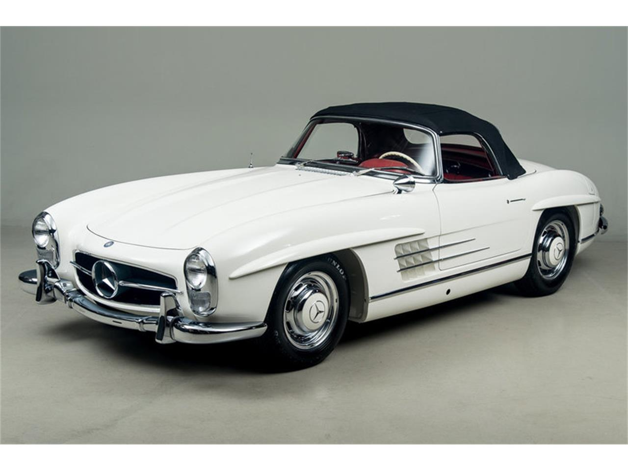 Large Picture of Classic 1963 300SL Roadster located in Scotts Valley California Auction Vehicle - EFPZ