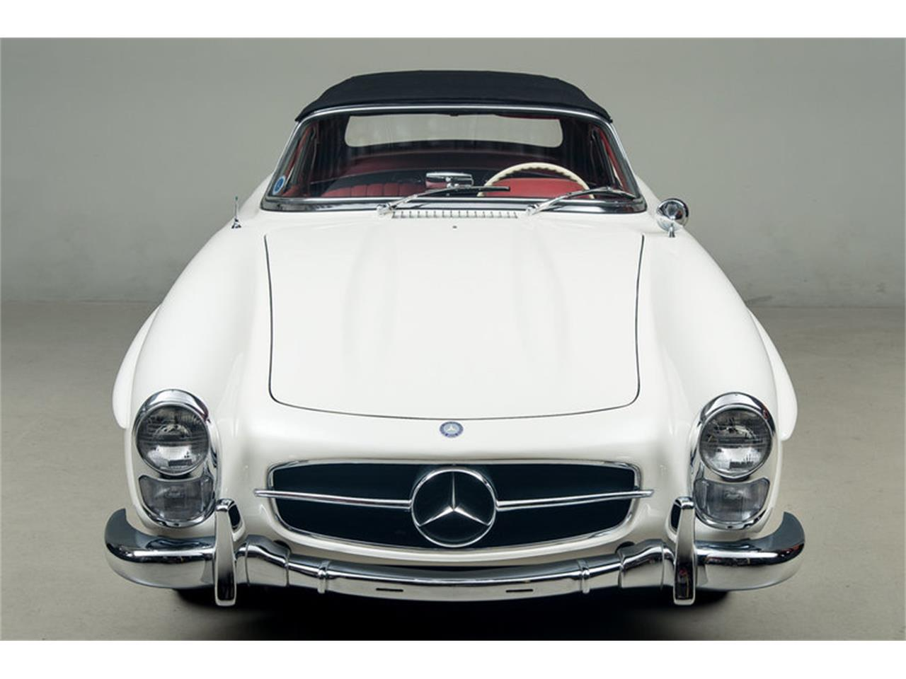 Large Picture of '63 Mercedes-Benz 300SL Roadster Offered by Canepa - EFPZ