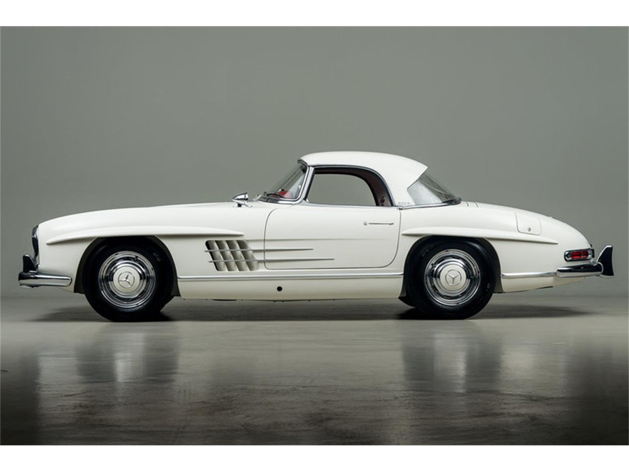 Large Picture of Classic '63 Mercedes-Benz 300SL Roadster Offered by Canepa - EFPZ