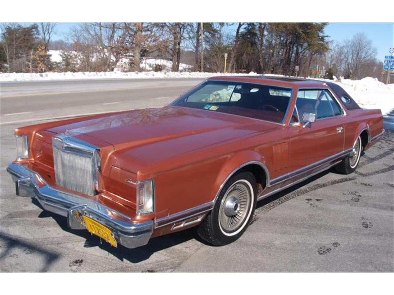 Large Picture of 1977 Lincoln Mark V located in San Luis Obispo California - EJ9V