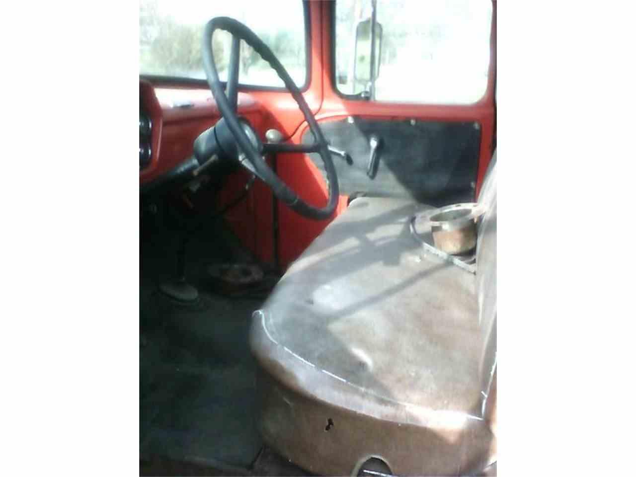 Large Picture of '60 Dodge Ram Van located in California - EJA5