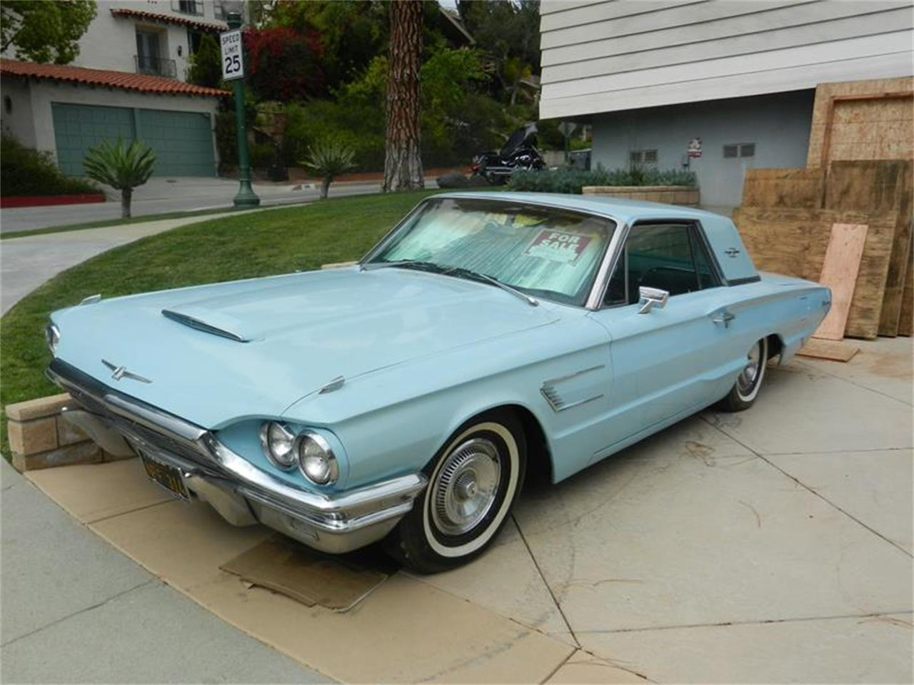 Large Picture of Classic '65 Thunderbird located in California - EJBT