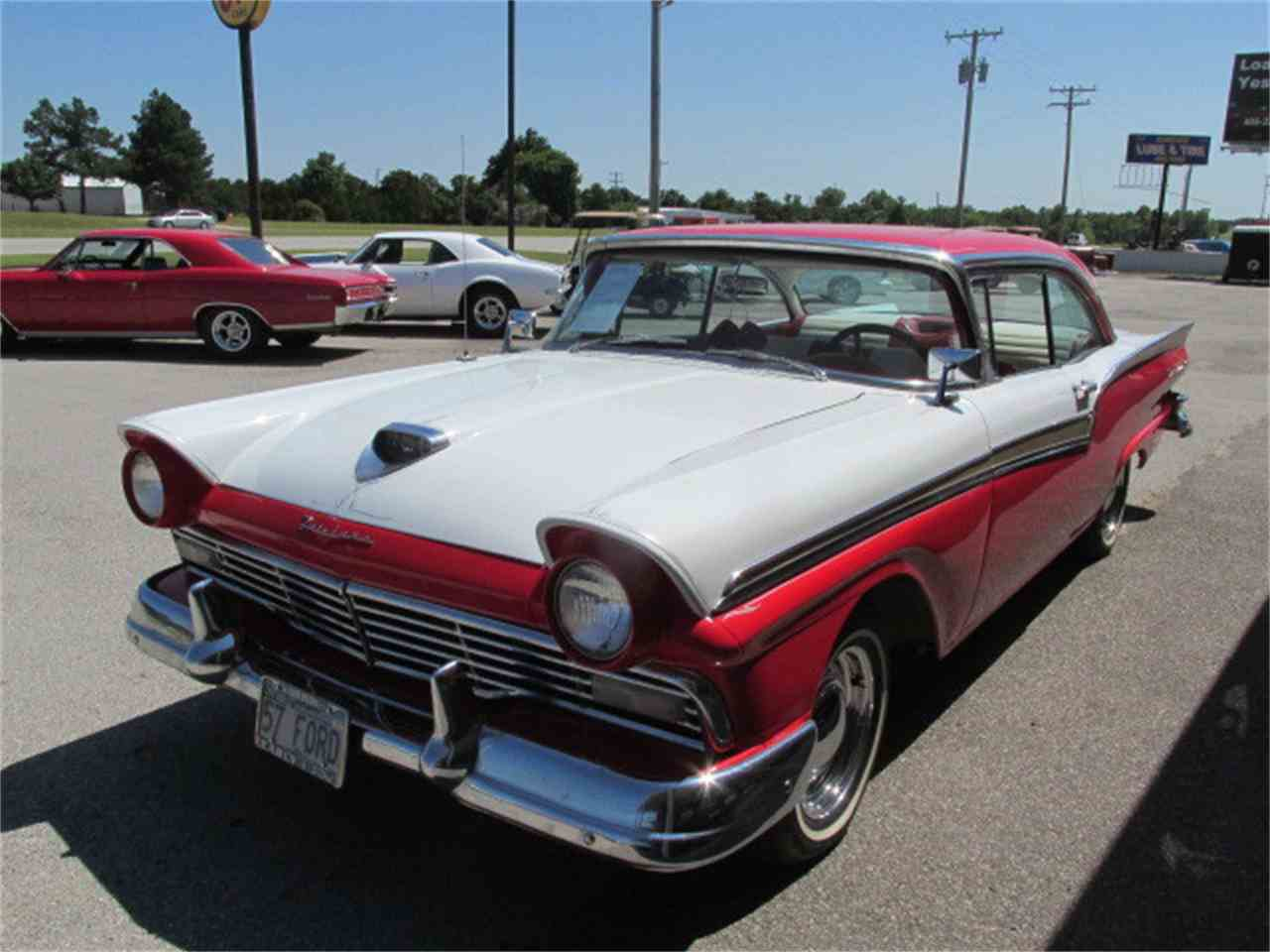 Large Picture of '57 Fairlane - EJIH