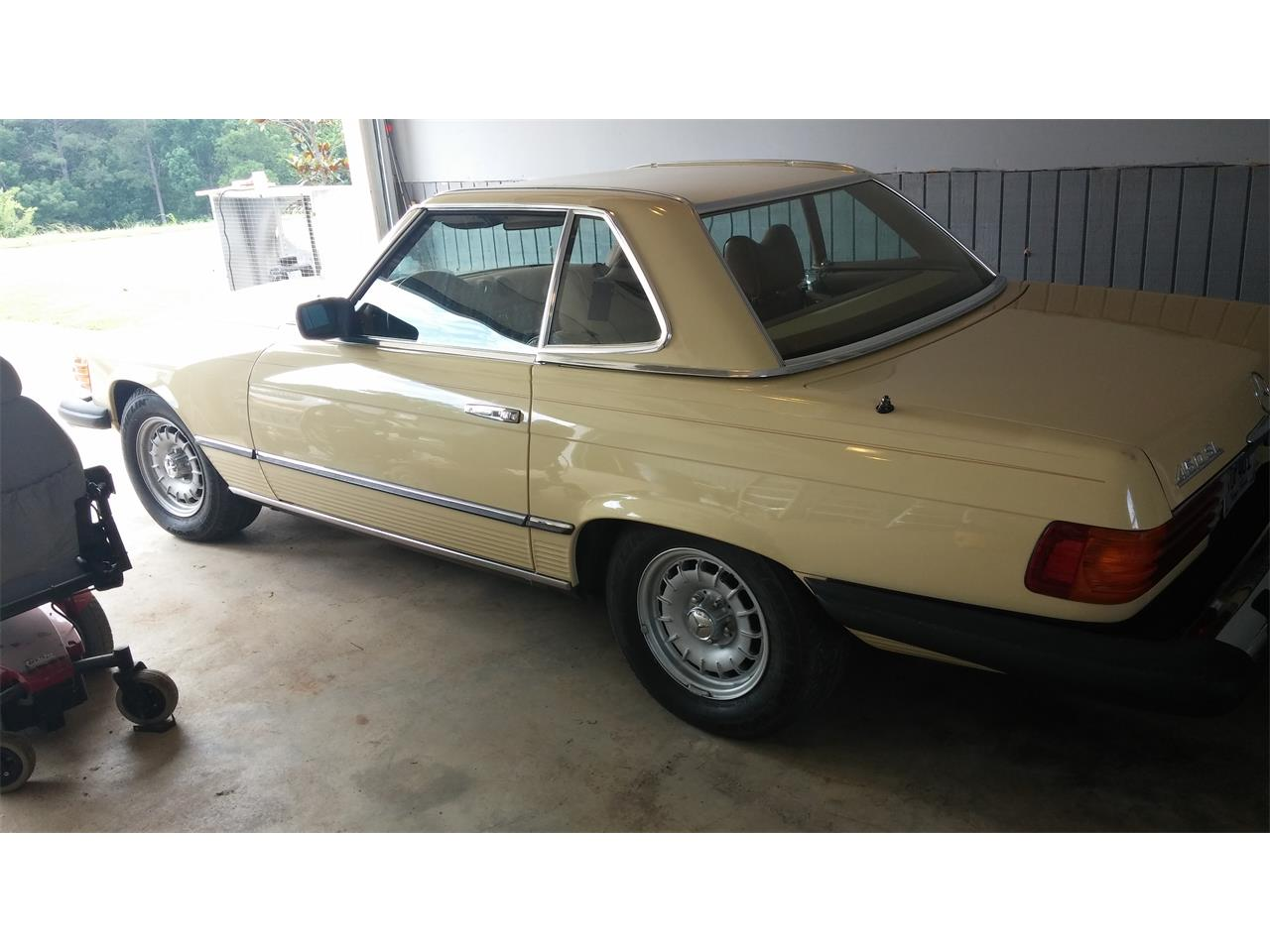 Large Picture of '78 Mercedes-Benz 450SL located in Alabama Offered by a Private Seller - EKF8
