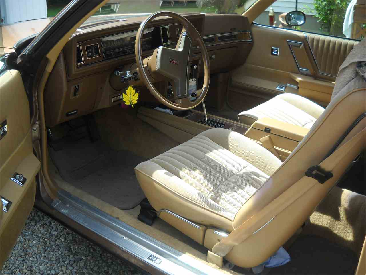Large Picture of '87 Cutlass Supreme - EOXL