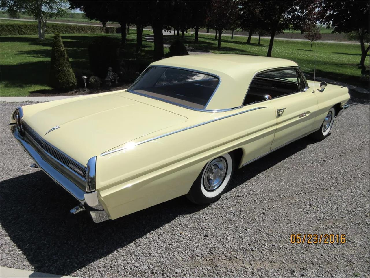 Large Picture of Classic '62 Grand Prix located in Toronto Ontario - EP3B