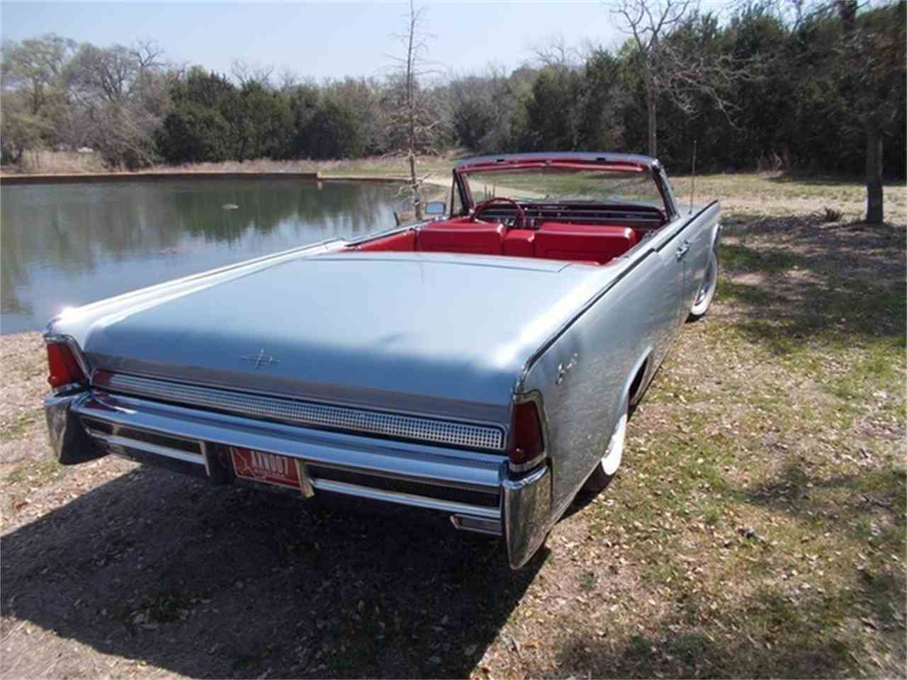 Large Picture of '64 Continental 4 Dr Convertible - ET90