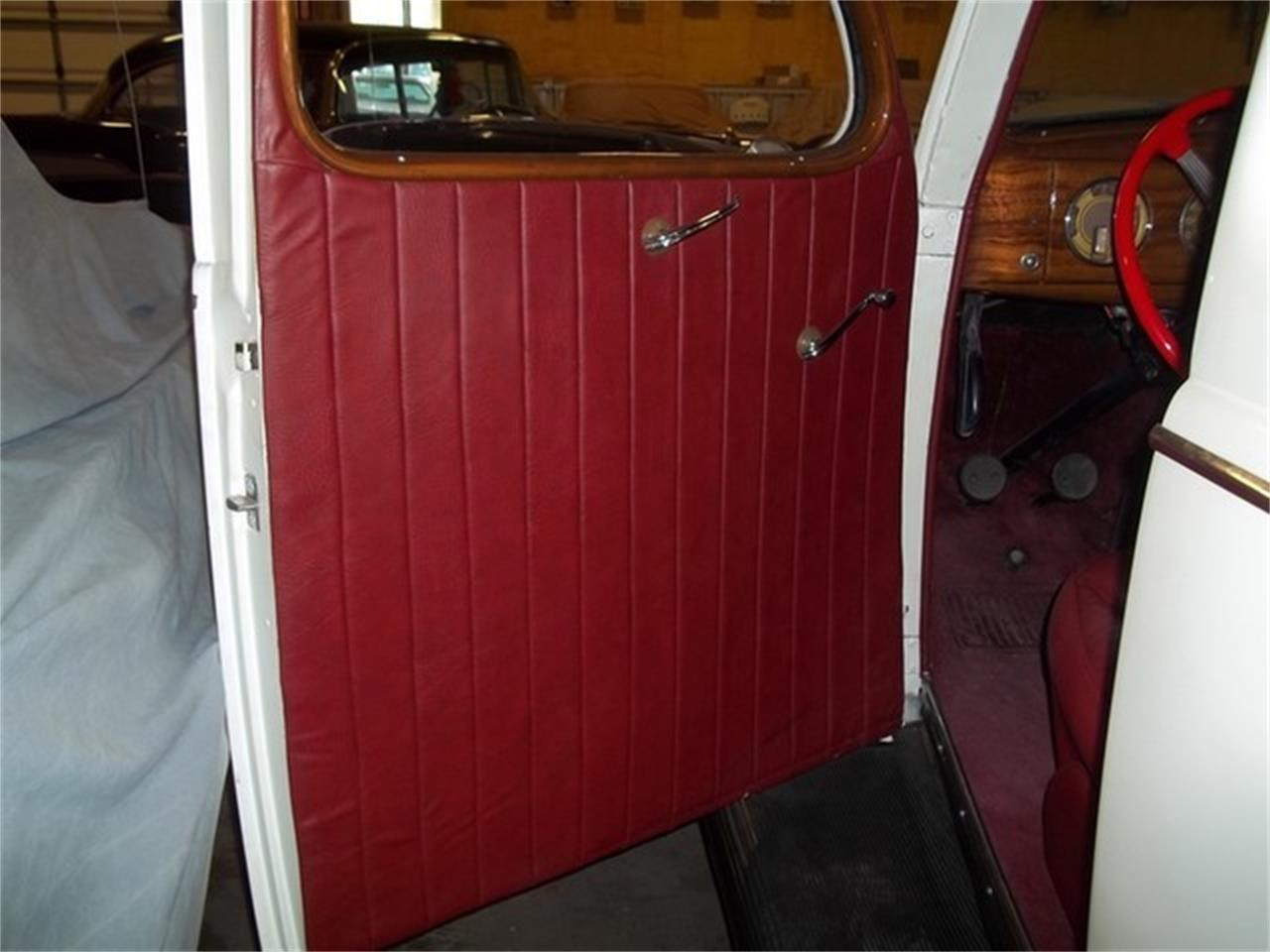 Large Picture of 1938 Ford Deluxe located in Liberty Hill Texas Auction Vehicle - ET92