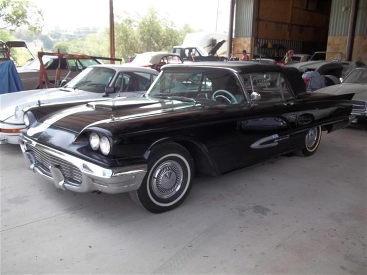Large Picture of Classic '59 Thunderbird located in Texas Auction Vehicle - ET93