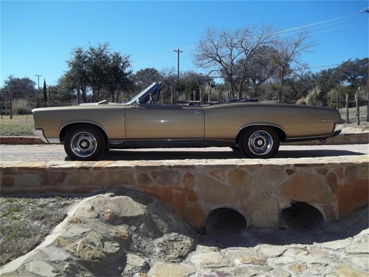 Large Picture of '67 GTO located in Texas - $77,000.00 Offered by TX Collector Classic Cars - ET97