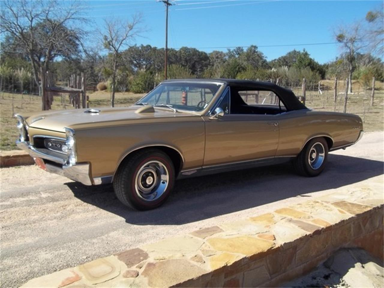 Large Picture of 1967 GTO located in Texas Offered by TX Collector Classic Cars - ET97