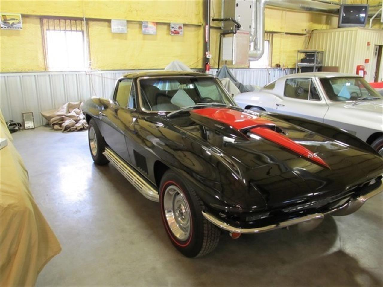 Large Picture of Classic '67 Corvette located in Liberty Hill Texas - $119,500.00 Offered by TX Collector Classic Cars - ET99