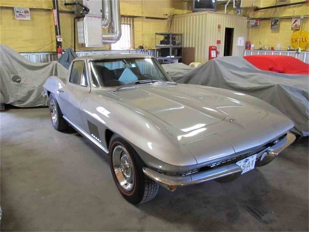 Large Picture of '67 Corvette,Automatic wA/C - ET9D