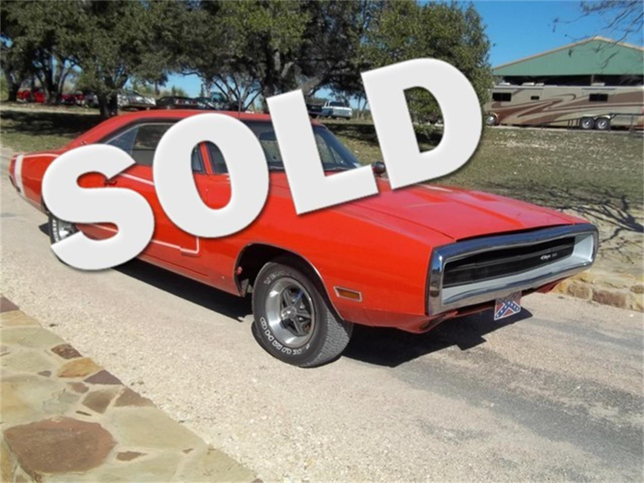 Large Picture of '70 Dodge Charger located in Texas Offered by TX Collector Classic Cars - ET9J